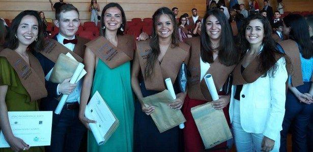 Acto de graduación da promoción 2014-19